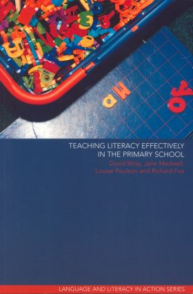 Teaching Literacy Effectively in the Primary School book cover
