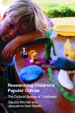 Researching Children's Popular Culture: The Cultural Spaces of Childhood (Paperback) book cover