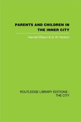 Parents and Children in the Inner City (Hardback) book cover