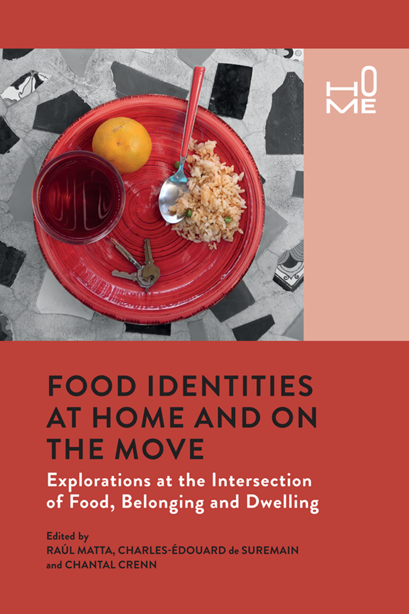 Food Identities at Home and on the Move
