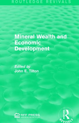 Mineral Wealth and Economic Development book cover