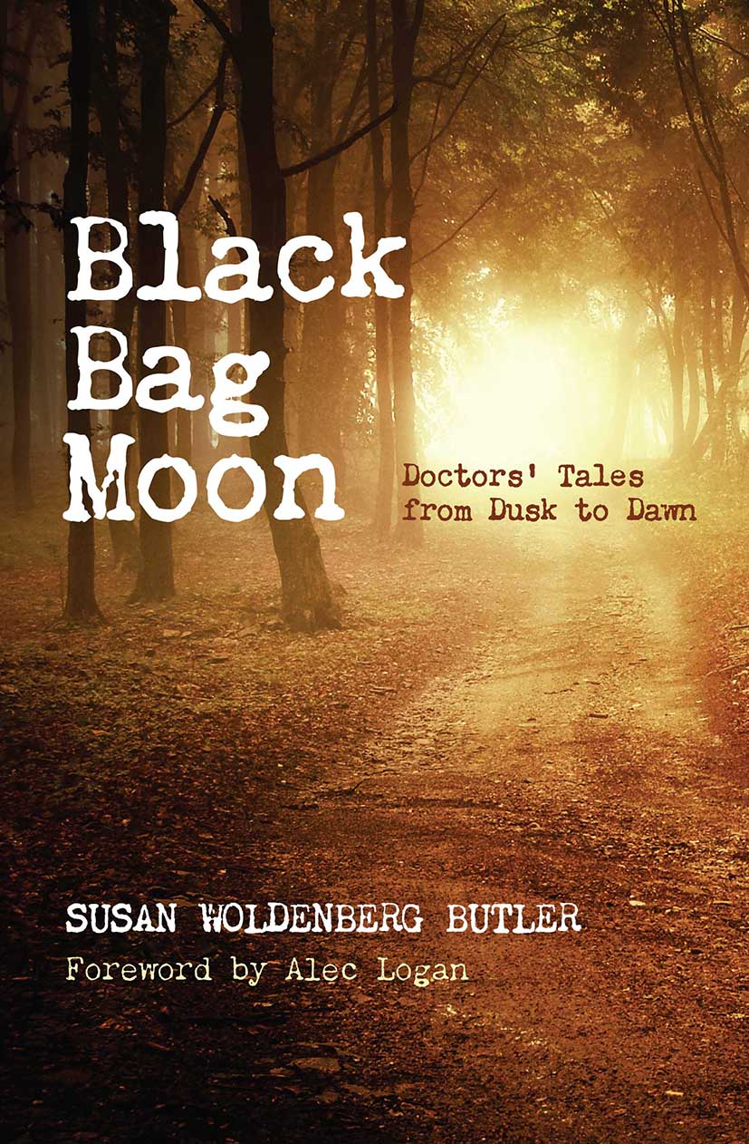 Black Bag Moon: Doctors' Tales from Dusk to Dawn, 1st Edition (Paperback) book cover