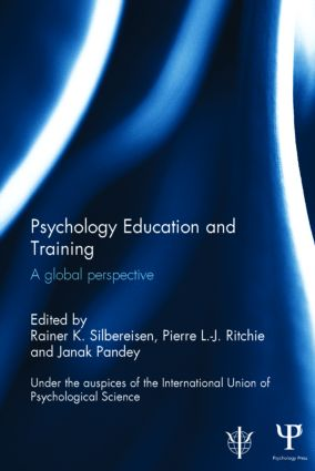 Psychology Education and Training: A global perspective (Hardback) book cover